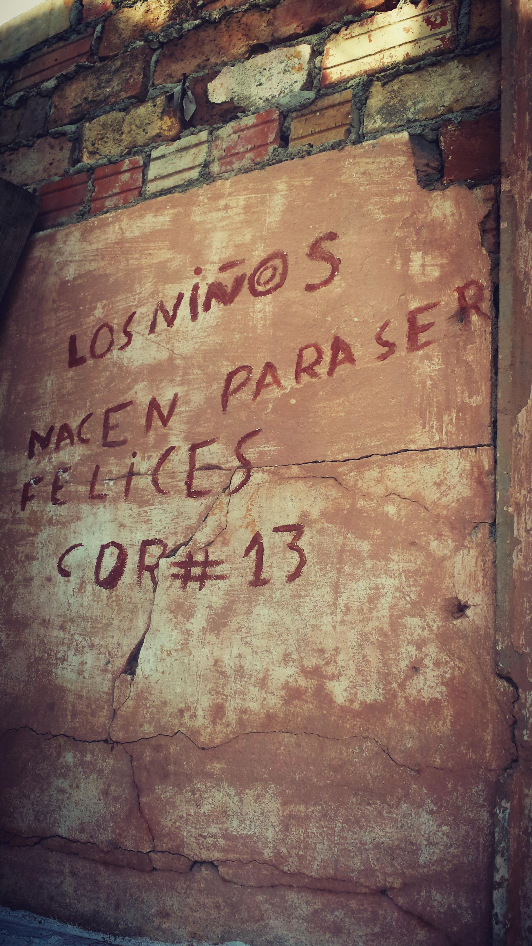 HAVANA | Ilia Etxeberria (Aramaio). Havanako horma bateko esaldia.