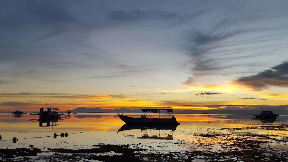 OPORREN BUKAERA GOZOA | Eider Etxebarria (Aramaio). Irailaren 17an, oporren azken egunean, Filipinetan Alona beachen ateratako argazkia.