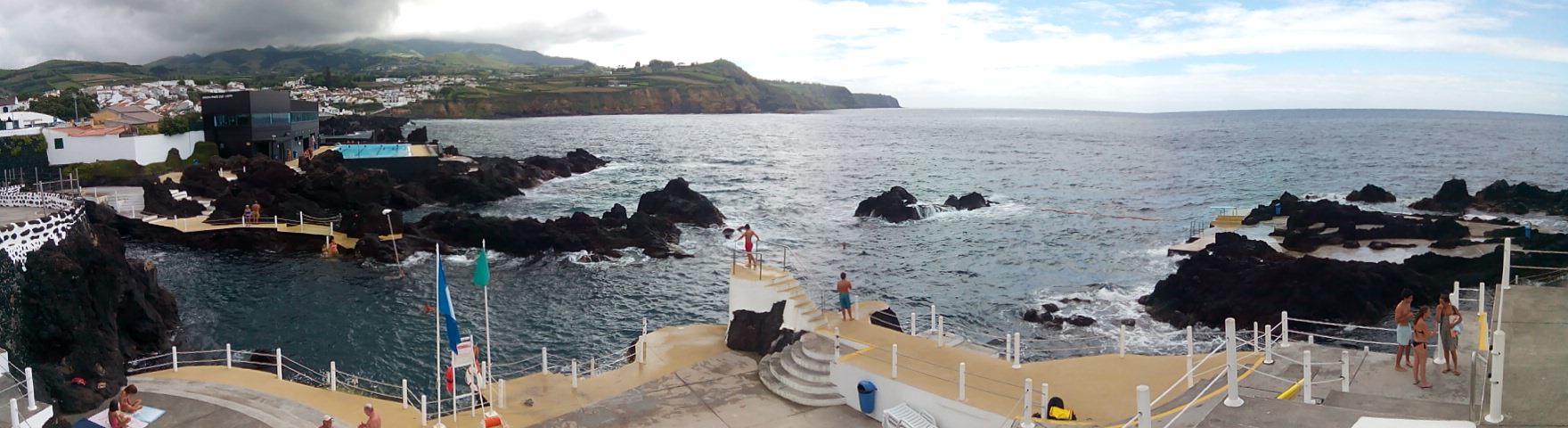 MOSTEIROS | Andoni Garai (Oñati). Azores.