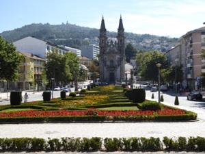 GUIMARAES - Joxemiel Uribarren. Guimaraes, Portugal.