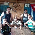 36 - Viñalesko tabako-landetan (Kuba)